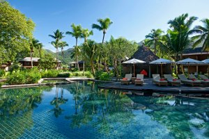 Constance ephilia Resort Seychelles pool view