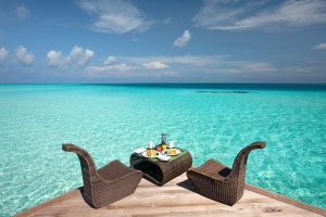Blue breakfast at Constance Moofushi, Maldives